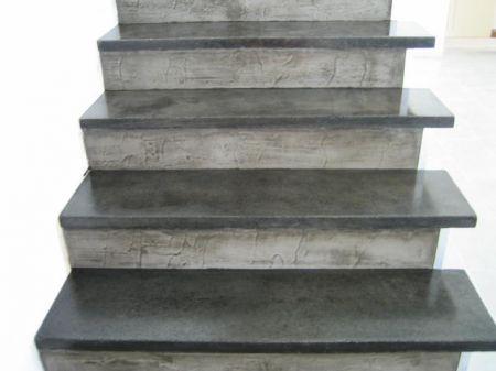 r nover les escaliers fa on basic system. Black Bedroom Furniture Sets. Home Design Ideas